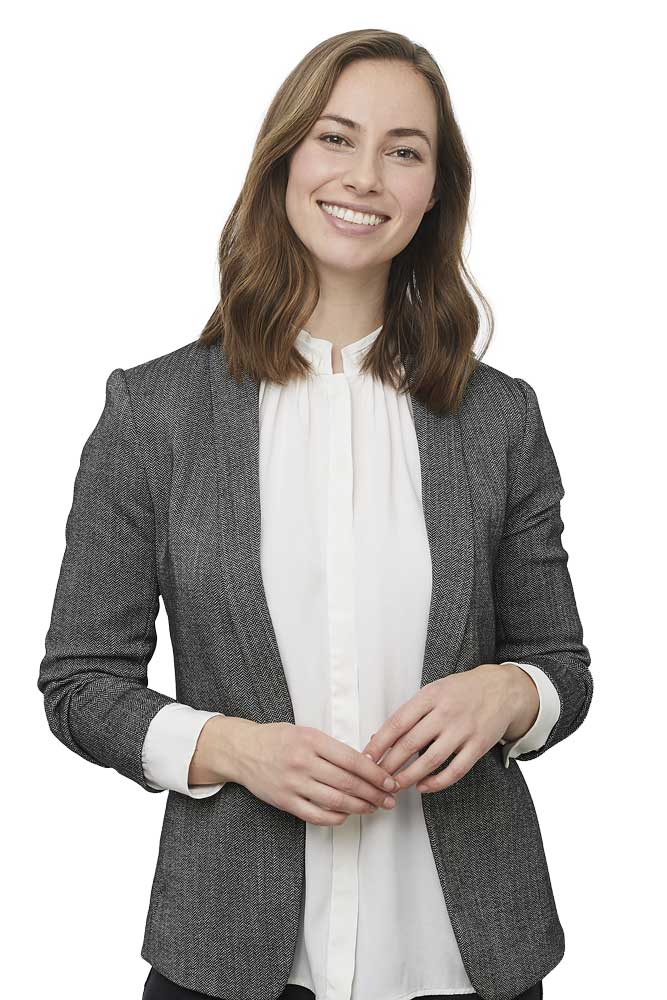 real-estate-agent-woman-smiling